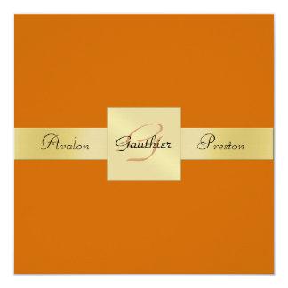 Invitación formal del oro del monograma anaranjado