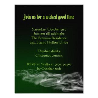 Invitación gótica de Halloween del humo verde trav
