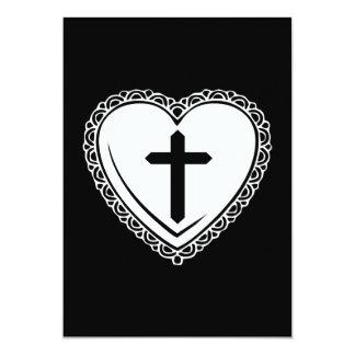 Invitación gótica del corazón y de la cruz (negro