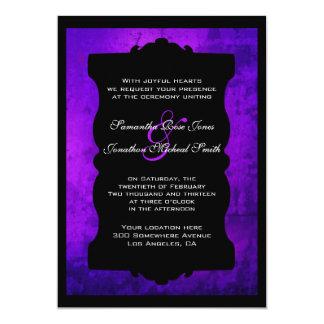 Invitación gótica negra púrpura apenada del boda