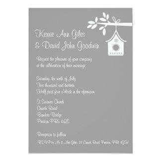 Invitación gris del boda de la casa del pájaro