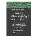 Invitación gris oscuro verde del boda del damasco