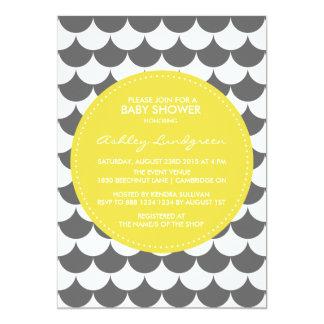 Invitación gris y amarilla de la fiesta de
