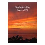Invitación hawaiana ardiente del boda de la puesta