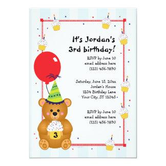 Invitación linda adaptable del cumpleaños del oso