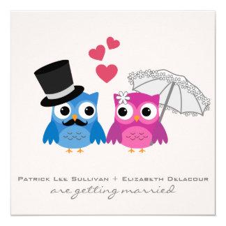 Invitación linda del boda del búho del novio y del invitación 13,3 cm x 13,3cm