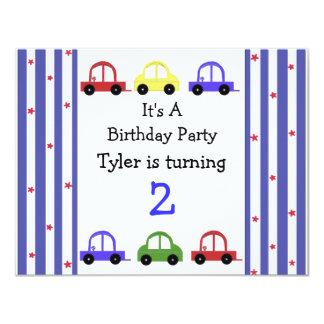 Invitación linda del cumpleaños del coche de