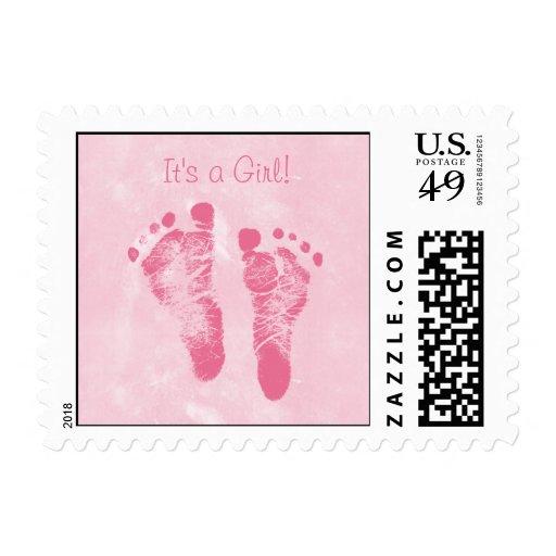 Invitación linda del nacimiento de las huellas de sello postal
