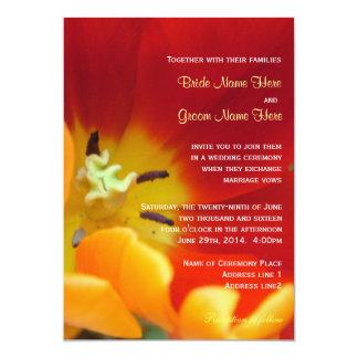 Invitación macra del boda del tiro de la flor roja