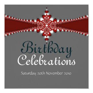 Invitación magnífica de plata roja del cumpleaños