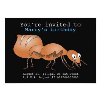 Invitación marrón feliz del fiesta de la hormiga
