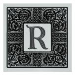 Invitación metálica de plata del monograma de R