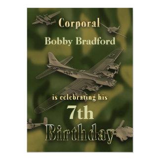 Invitación militar del cumpleaños de los muchachos