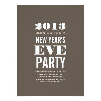 Invitación moderna del fiesta de Brown de Noche