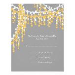 Invitación moldeada amarilla y gris RSVP del boda