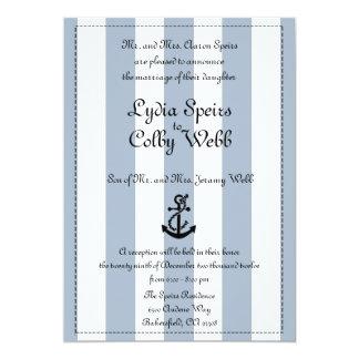 Invitación náutica del boda de la raya corregida invitación 12,7 x 17,8 cm