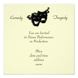 Invitación negra de las máscaras de la comedia y