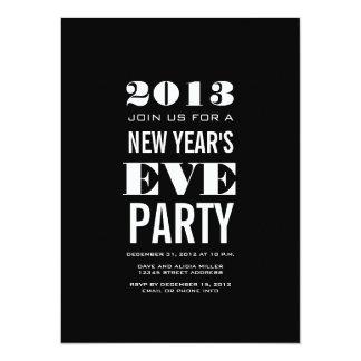 Invitación negra del fiesta de Noche Vieja del
