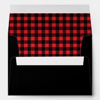 invitación negra roja rústica de la tela escocesa sobre