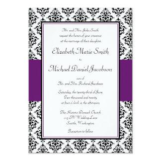 Invitación negra y púrpura del boda del damasco