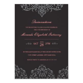 Invitación negra y rosada elegante de Quinceañera