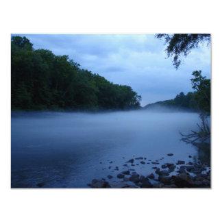 Invitación - niebla del río Chattahoochee