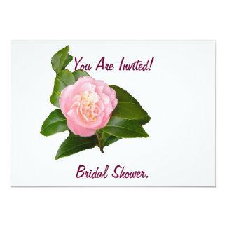 Invitación nupcial de la ducha, flor rosada