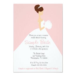 Invitación nupcial de la novia del pelo de Brown