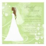 Invitación nupcial floral elegante verde suave de