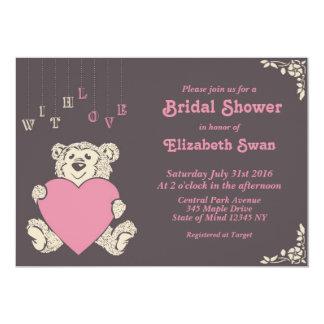 Invitación nupcial gris rosada de la ducha del oso