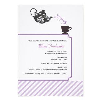 Invitación nupcial púrpura de la ducha - té