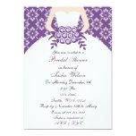 Invitación nupcial púrpura elegante de la ducha