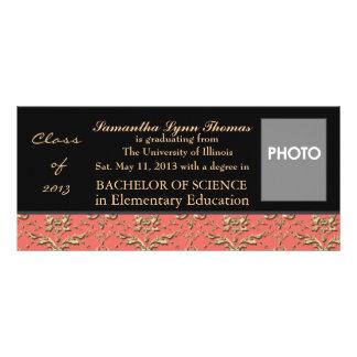 Invitación o invitación de la graduación diseño de tarjeta publicitaria