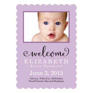Invitación púrpura agradable de la foto del