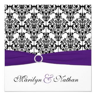 Invitación púrpura, blanca y negra del boda del