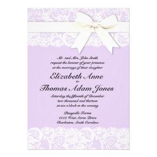 Invitación púrpura del boda de la lila blanca del