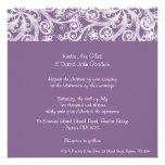 Invitación púrpura del boda de la voluta