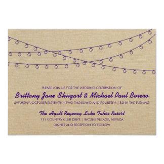 Invitación púrpura del boda de las luces rústicas