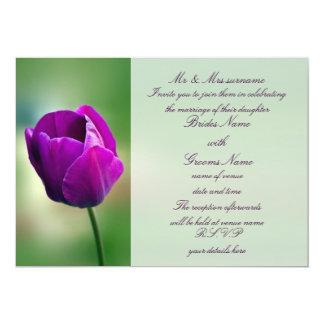 Invitación púrpura del boda del tulipán
