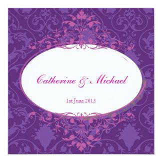 Invitación púrpura del boda - la multitud diseña