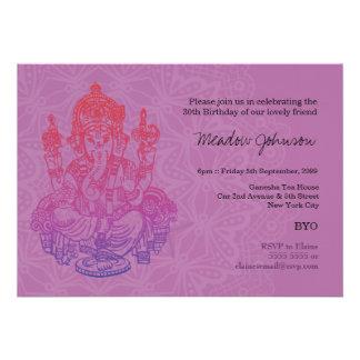 Invitación púrpura del cumpleaños de la lila de Ga