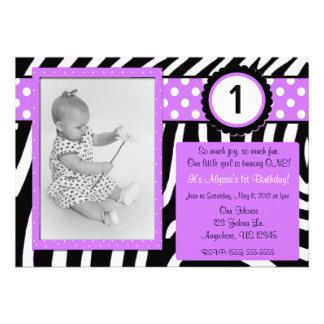 Invitación púrpura del cumpleaños de los chicas de