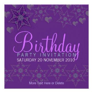 Invitación púrpura del cumpleaños del fiesta de lo
