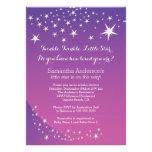 Invitación púrpura moderna de la fiesta de bienven