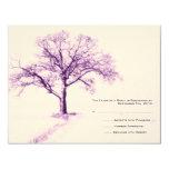 Invitación púrpura y blanca RSVP del boda del