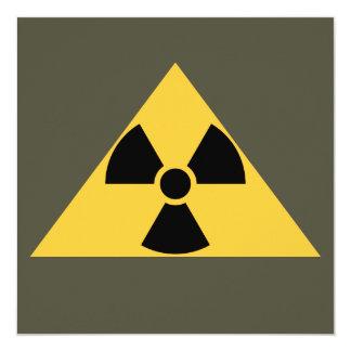 Invitación radiactiva del emblema