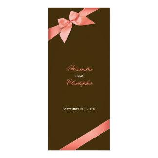 Invitación roja coralina de la invitación del boda