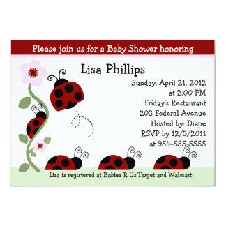 Invitación roja de la fiesta de bienvenida al bebé