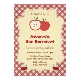 Invitación roja de la fiesta de cumpleaños de