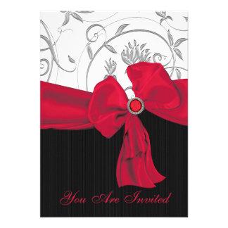 Invitación roja de rubíes de la cena del ensayo de
